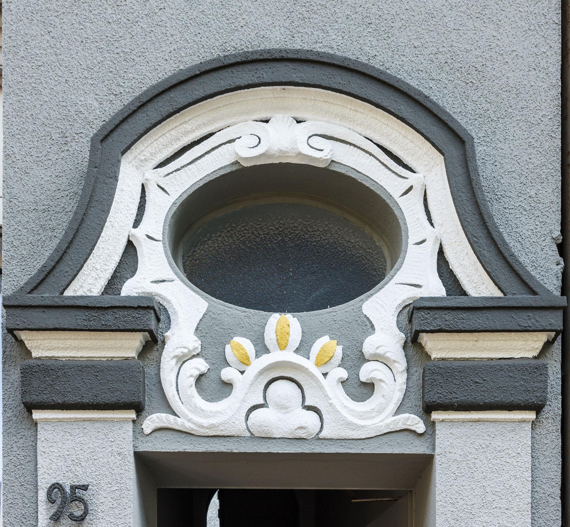Stuckfassade Kreuzstr. 95 Maler Drewes