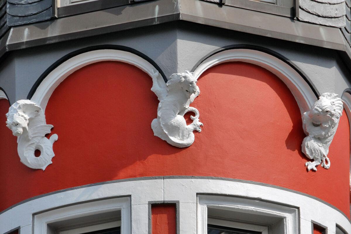 Kreuzstraße 9