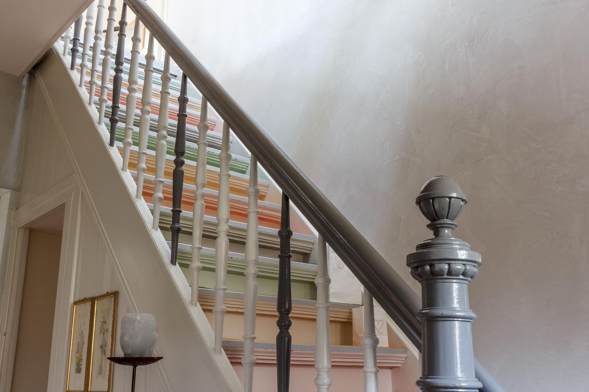 Raum- und Treppenhausgestaltung in einem Wohnhaus in Dortmund
